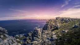 die atemberaubende Aussicht von den Klippen der Pointe de Pen-Hir in derBretagne