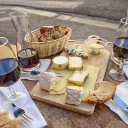 Käse und Wein in Frankreich
