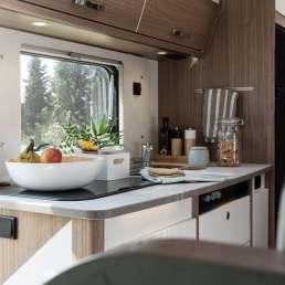 Küchenzeile im Wohnmobil Finca