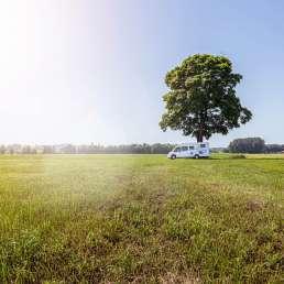 Wohnmobil WG auf Zeit Outdoor aufm Feld