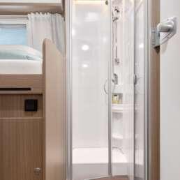 Wohnmobil Die Villa - Dusche separat