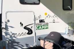 Camping am Bodensee - dank Markise gelingt auch der mobile Mittagsschlaf