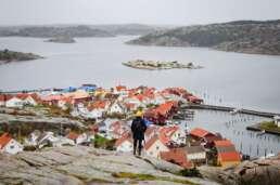 Wer sich Fjällbacka von oben anschaut, wird mit einem einzigartigen Panoramablick belohnt.